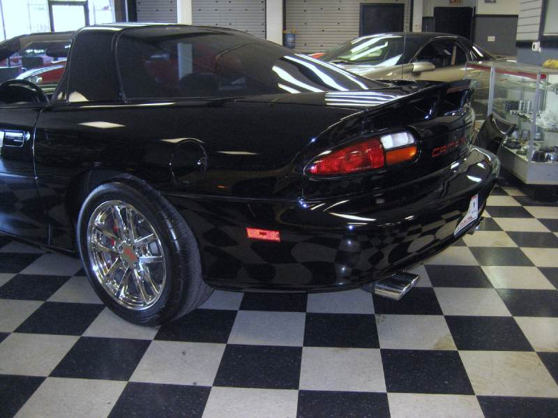 482blackwithredhokystripes2002ssttop6speed/20.JPG
